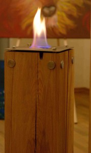 Feuerstelle Massivholz